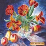 Набор для вышивки бисером «Натюрморт с тюльпанами»