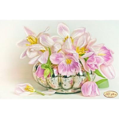 Схема для вышивки бисером «Бокэ. Жемчужные тюльпаны»