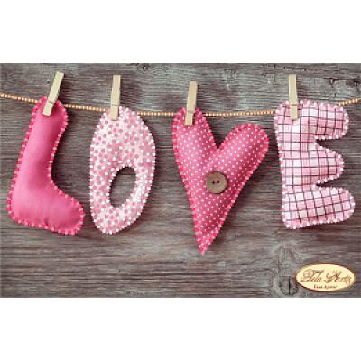 """Схема для вышивки бисером """"LOVE"""""""